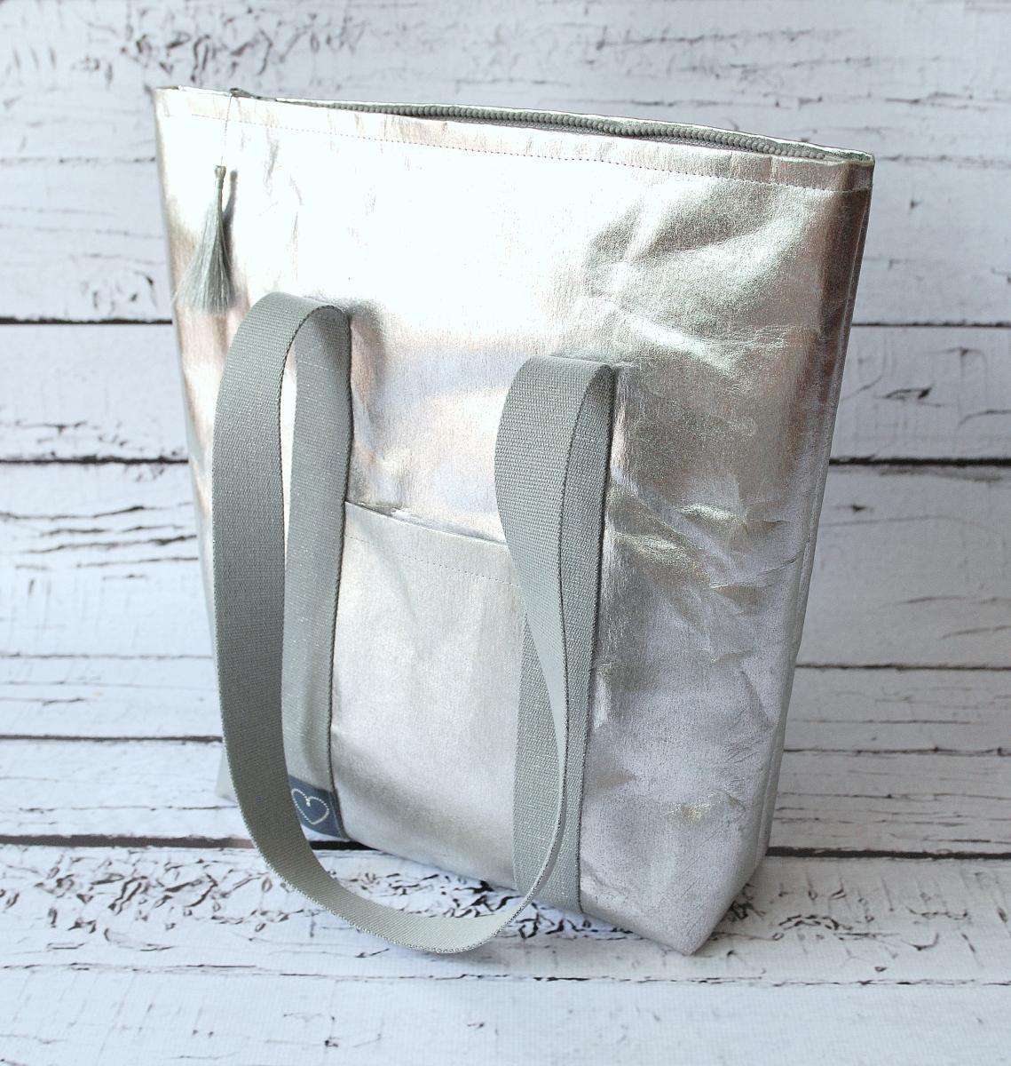 Srebrna torba z washpapy, czyli bądź trendy
